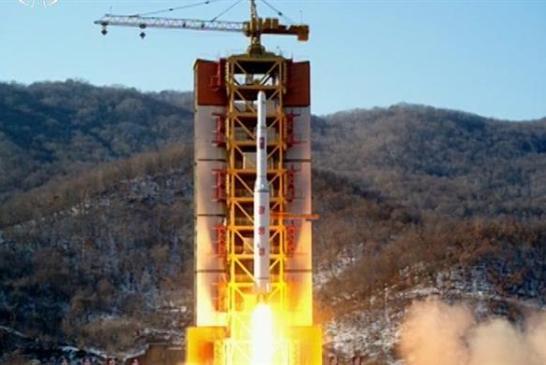 Kuzey Kore Uydusu kontrolden çıkarak dünyaya düştü