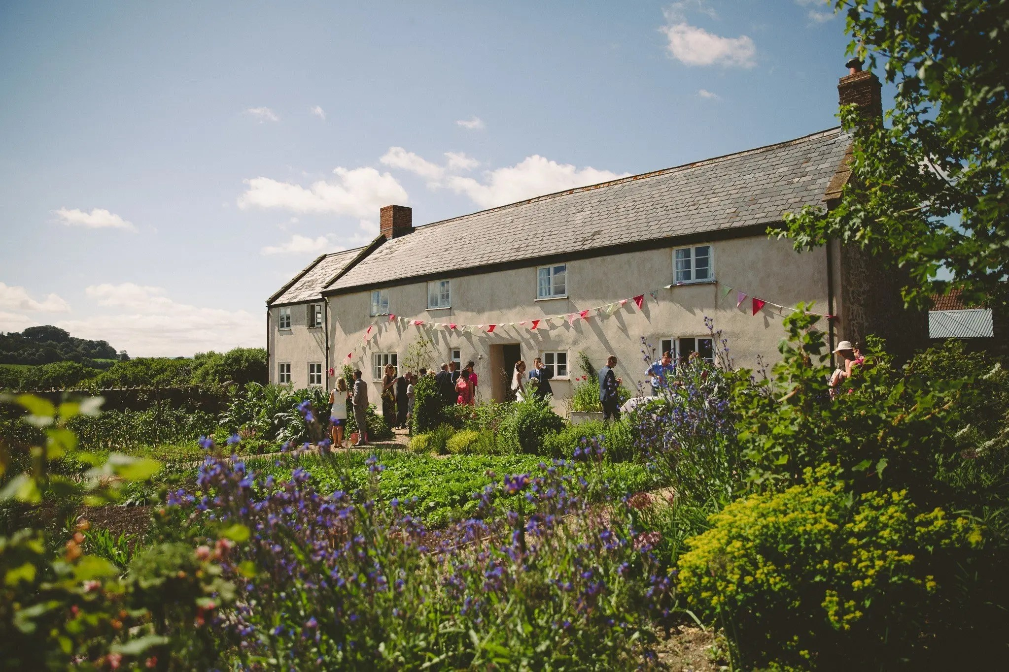 river cottage wedding pictures