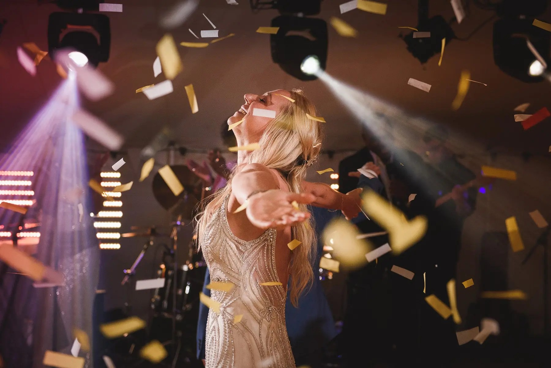 confetti bombs on wedding dancefloors