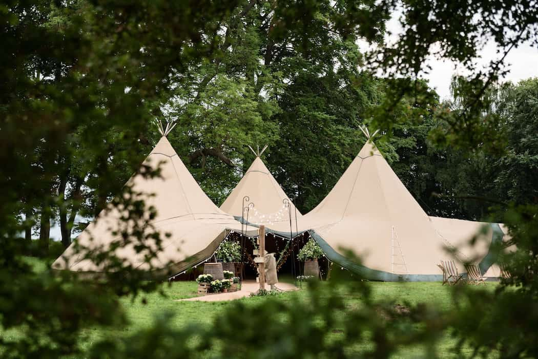 Sami Tipi at Pipewell Hall - image by Sarah Vivenne Photography93