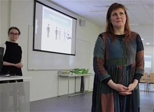 Tutkija Pia Smeds ja psykologi Kirsi Salonen ovat perehtyneet vesistöjen hyvinvointivaikutuksiin.