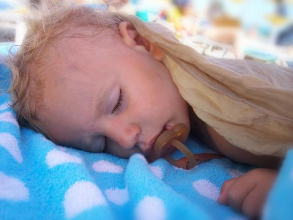 5 Tips for Transitioning from a Crib to a Toddler Bed