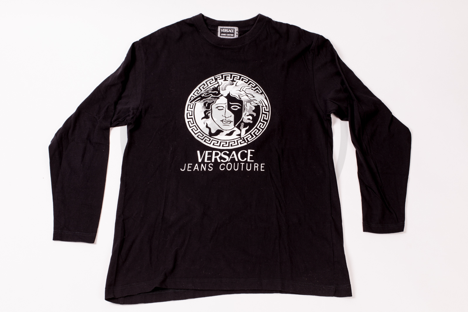 19643949 1; 2; 3; 4; 5. Previous; Next. HomeSOLD OUTVersace Jeans Couture long sleeve  shirt