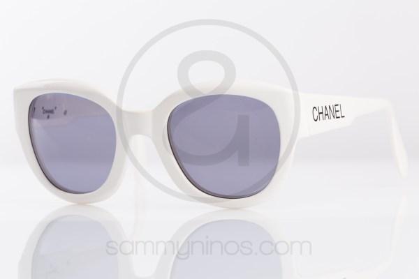 vintage-chanel-sunglasses-05247white-lunettes-1