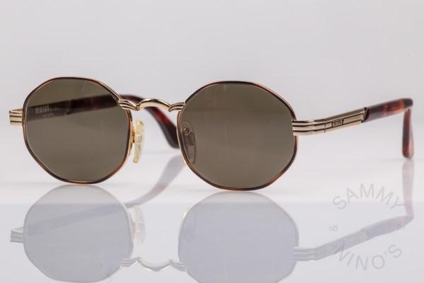 gianni-versace-sunglasses-vintage-f09-versus-1