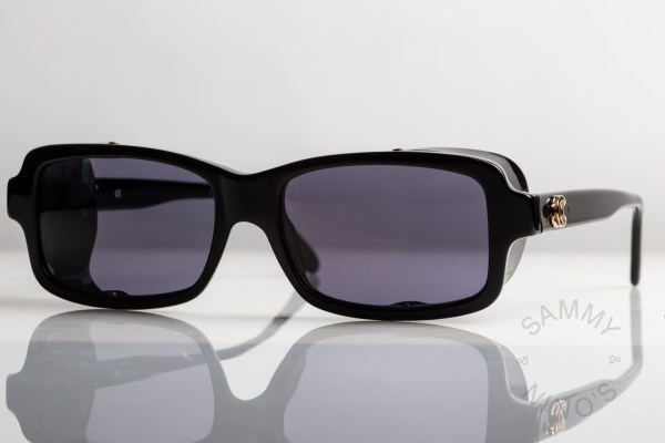chanel-sunglasses-vintage-03521-90s-1