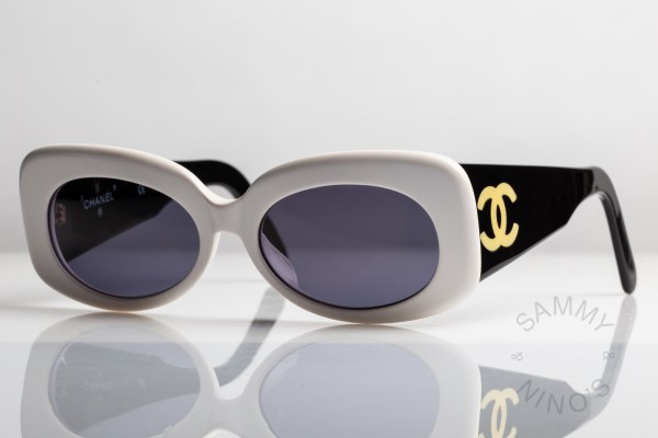 chanel-sunglasses-vintage-05252-90s-1