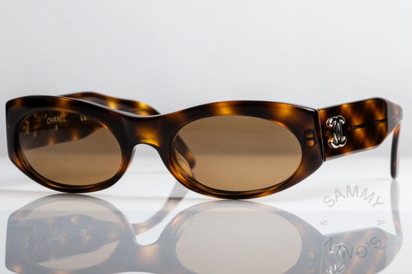 chanel-sunglasses-vintage-06920-90s-1