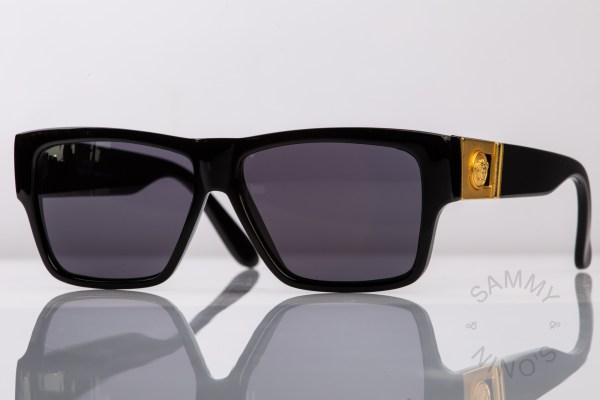 vintage-versace-sunglasses-372a-90s-gianni-1