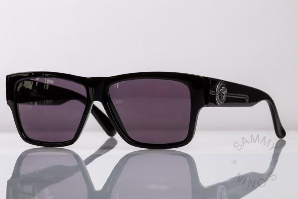 vintage-versace-sunglasses-372n-90s-gianni-1