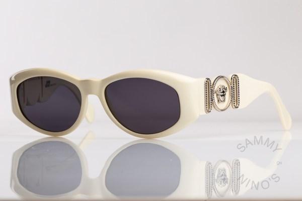 vintage-versace-sunglasses-424b-90s-1