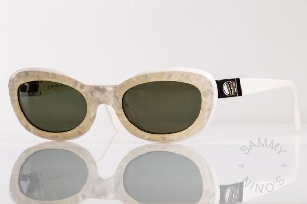vintage-valentino-sunglasses-v669-90s-1