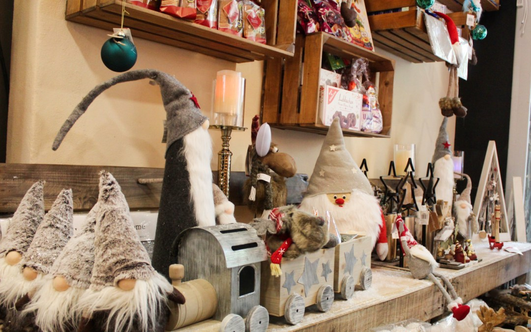 Get into the Ibiza Christmas Spirit with our Creative Samos Deli Decorations and Hamper Ideas
