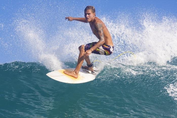 Dr. Samotin on Shoulder Injuries: Surfer