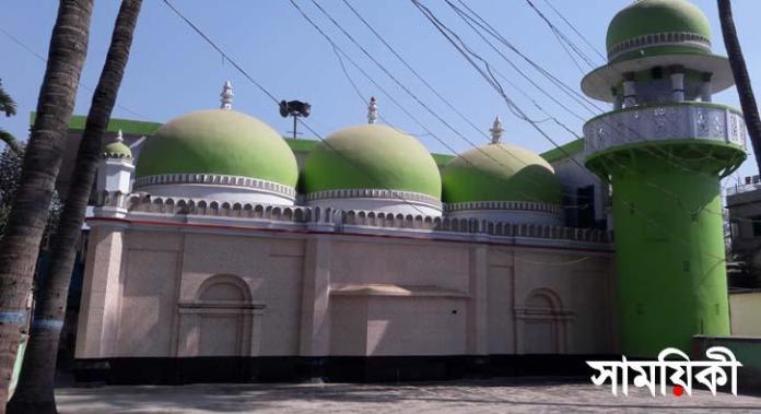 n 1 মুঘল স্থাপত্যের অনন্য নির্দশন:<br>নাটোরের গাড়িখানা জামে মসজিদ