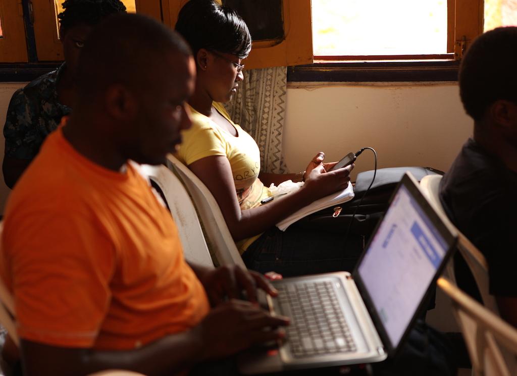 Code, Data-journalisme, vérification d'info et ateliers d'écriture au programme.
