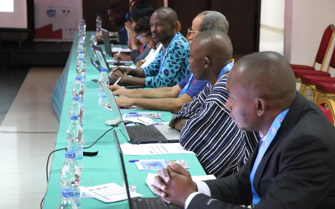 Abidjan : 30 médias traditionnels africains sensibilisés à l'usage des réseaux sociaux