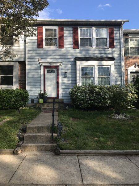 Townhouse 3 bed 3.5 bath, close to shady grove metro