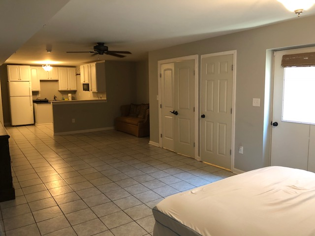 AVAILABLE June 1: Walk to NIH/NCI/Walter Reed – 850 sf Private Entrance English Basement Rental – Wyngate Neighborhood, Bethesda, MD – Quiet, spacious Partially soundproofed, ample free parking – ALL UTILITIES INCLUDED! – $1395/mo