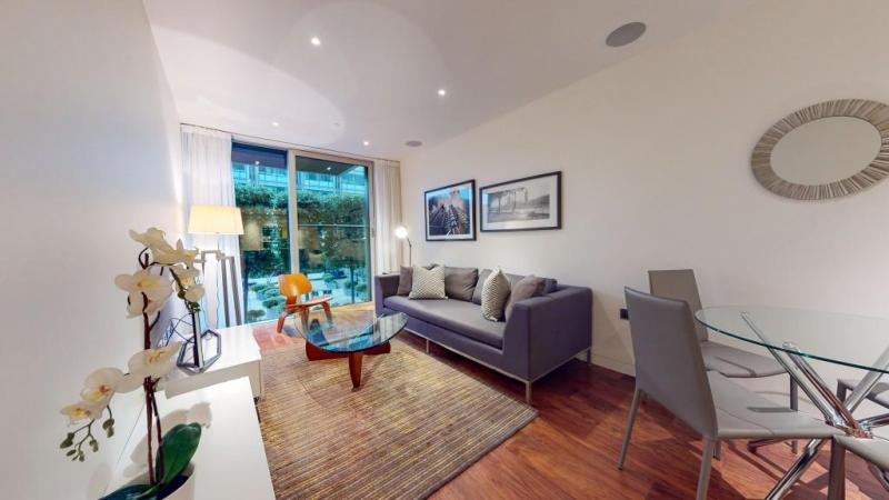 STUNNING 1 BEDROOM APARTMENT IN DOWNTOWN BETHESDA