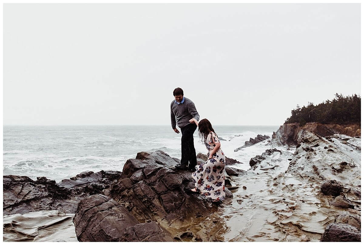 Oregon-Coast-Shore-Acres-Adventure-Engagement-Session