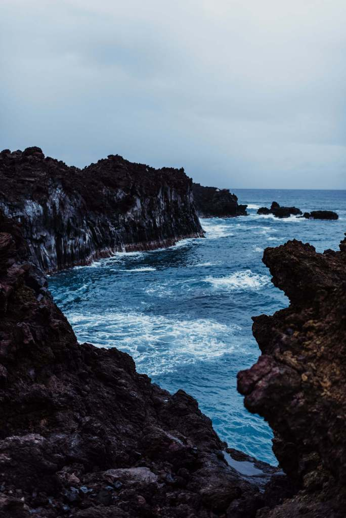 Lava-Field-Maui-Elopement-Inspiration-S-Photography