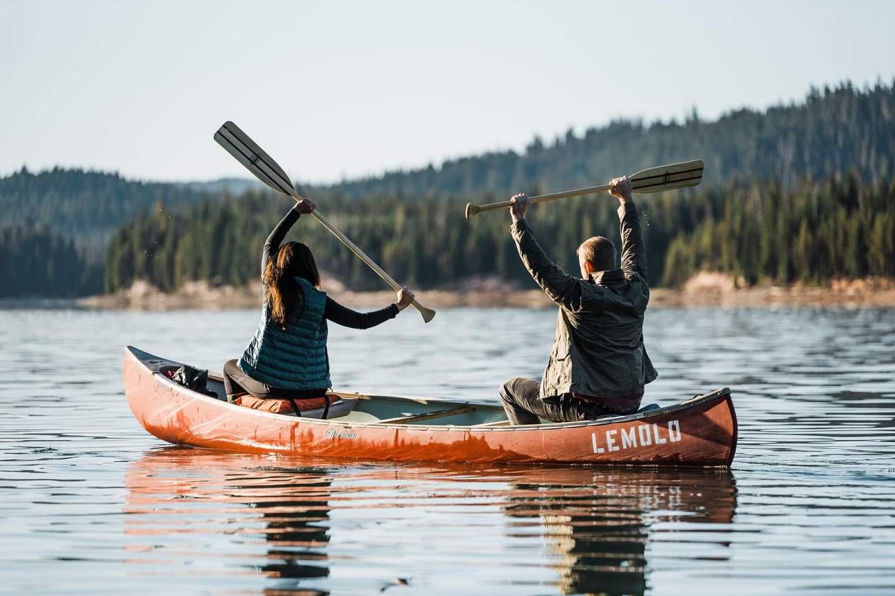 Canoe-Lake-Adventure-Engagement-Session-Oregon-Lemolo-S-Photography_0009.jpg