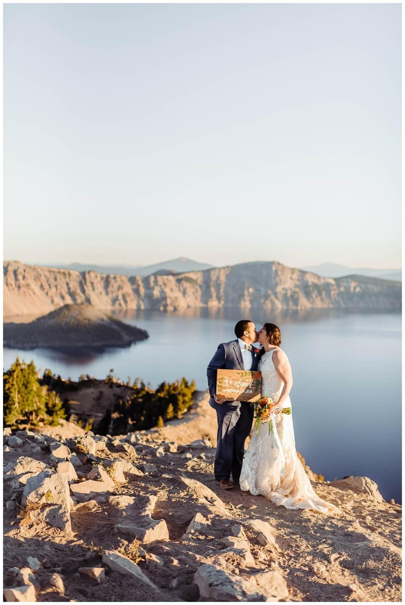 Crater-Lake-National-Park-Adventure-Elopement-Oregon