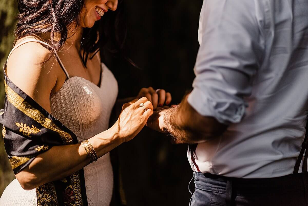 Allison-Brooks-Jedediah-Smiith-Redwoods-Adventure-Elopement-Wedding-S-Photography-Blog_0024.jpg