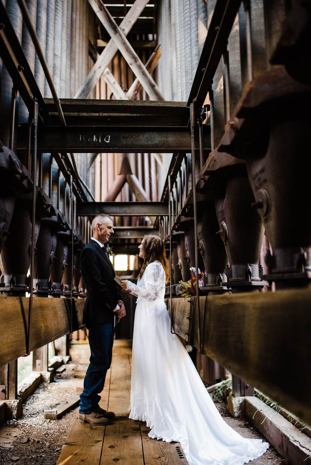 adventure elopement photographer,elopement,ghost town elopement,ghost town wedding,ochoco mountains,oregon elopement,pacific northwest,prineville wedding,sam starns,western elopement,