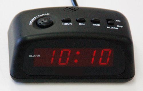 QampQ D005 LED Digital Alarm Clock 220 240Volt 50Hz 220v Appliances 110 220 Amp 240v App