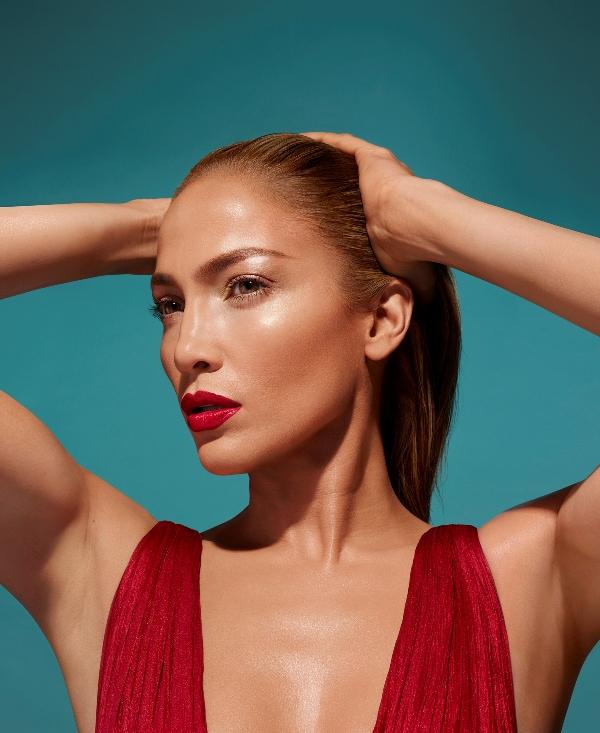 70-piece Jennifer Lopez X Inglot Collection #GlowLikeJLo