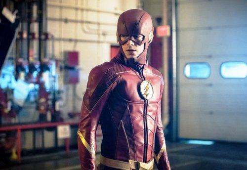 The Flash Season 5 on HOOQ