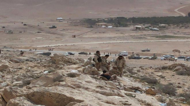 ISIS MASADA; SYRIAN ARMY POURS INTO PALMYRA; LIBERATES WHOLE AREAS IN CITY; ISIS FALLING APART 1