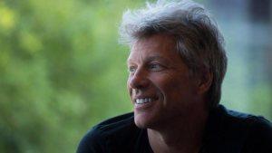 Bon Jovi sorprende a una Fan con cáncer