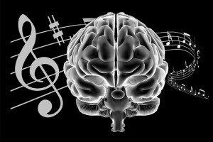 Müzik yaşlanan beynimizi canlı tutar!