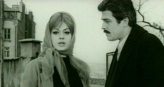 Türkan Şoray ve izzet Günay'ın başrollerini paylaştığı film Türk sineması açısından önemli bir yere sahiptir.