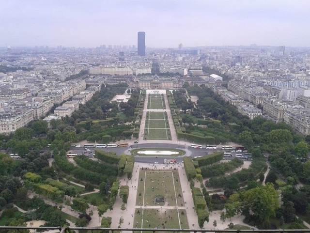 Eyfel Kulesi'nden Paris Manzarası