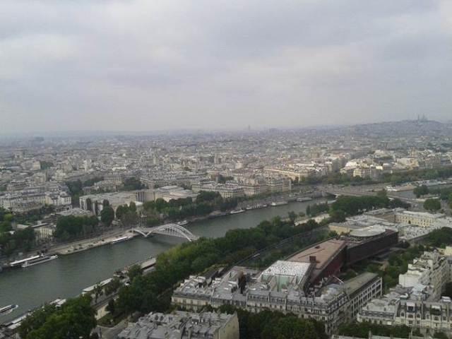 Eyfel kulesi'nden Seine Nehri manzarası