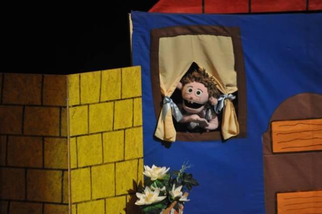 Çocuklar İçin Kukla Tiyatrosu