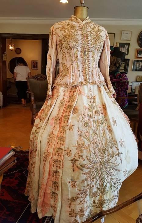 Madam Z tasarımı elbise