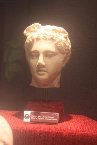 Hırsızların ve Haberciliğin Tanrısı Hermes