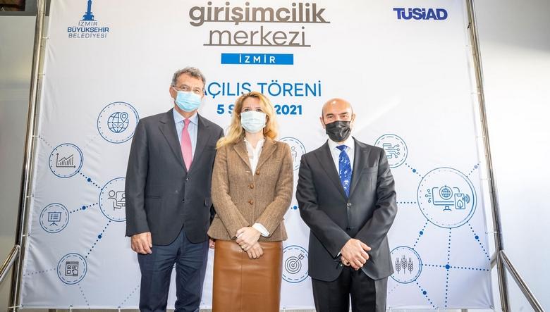 """""""Girişimcilik Merkezi İzmir"""" açıldı"""