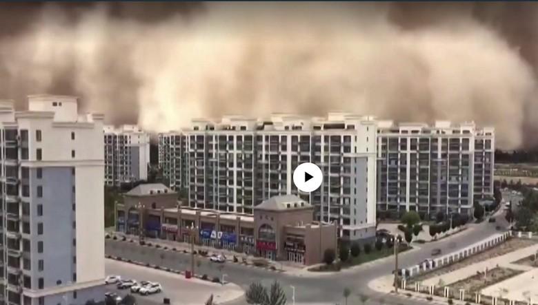 Çin'de dev kum fırtınası – VİDEO