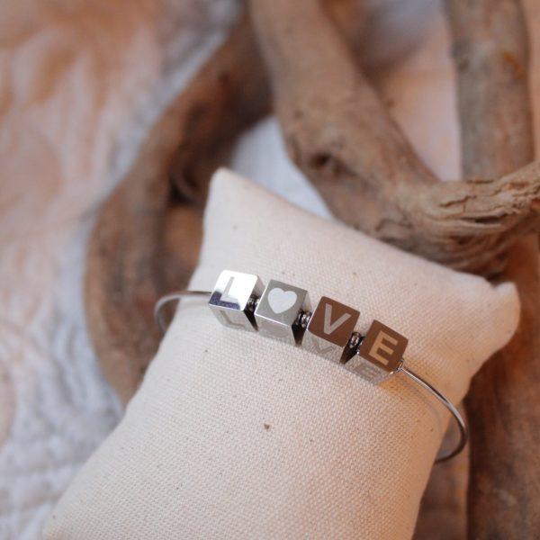 Bjoux bracelet LOVE Sanbaya.fr bijouterie fantaisie