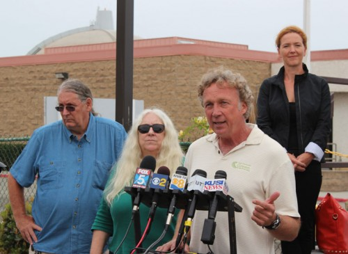 San Clemente Green President Gary Headrick makes a point at a press conference held by anti-nuclear advocates at San Onofre Nuclear Generating Station. Photo by Jim Shilander
