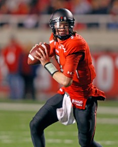 Former San Clemente quarterback Travis Wilson looks to lead the Utah Utes back to a bowl game as a sophomore. Courtesy of University of Utah Athletics