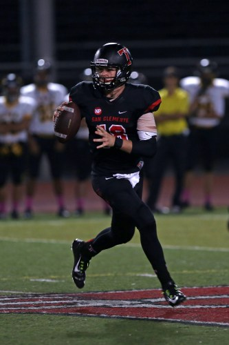 San Clemente quarterback Sam Darnold was named the CIF-SS Southwest Division offensive player of the year for the 2014-2015 season. Photo: Alan Gibby, zone57