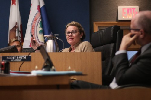 City Councilmember Kathy Ward pictured at a San Clemente City Council meeting in Nov. 2018. Photo: Eric Heinz