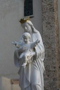 Vierge de l'entrée